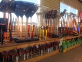 18_shovels_rakes_mattoks_garden_tools