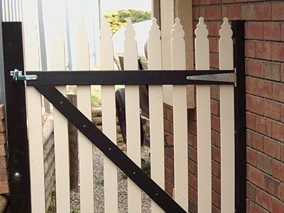 custom-built-picket-gate